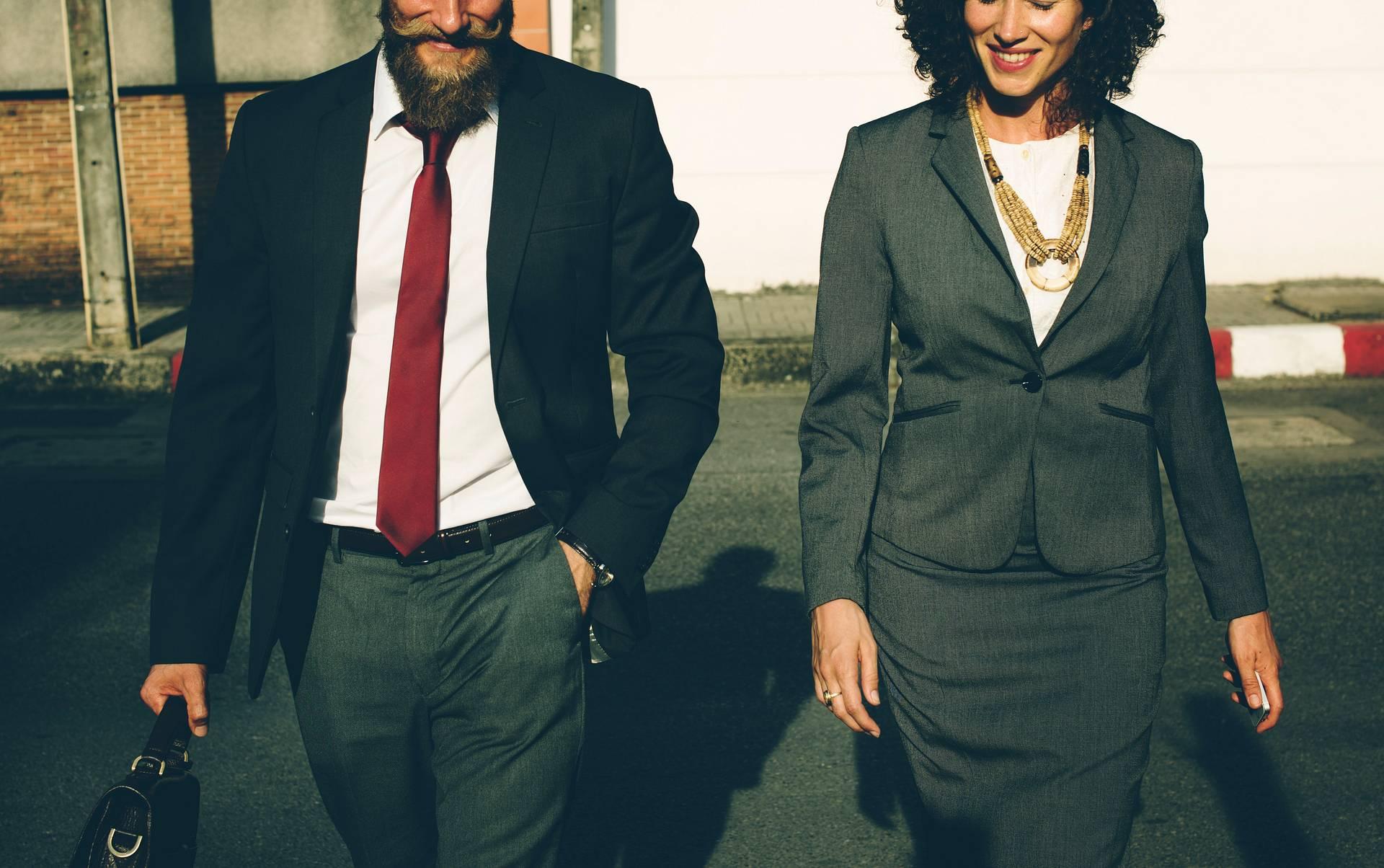Unsere Kleidung verändert die Art und Weise, in der wir denken (c) rawpixel.com