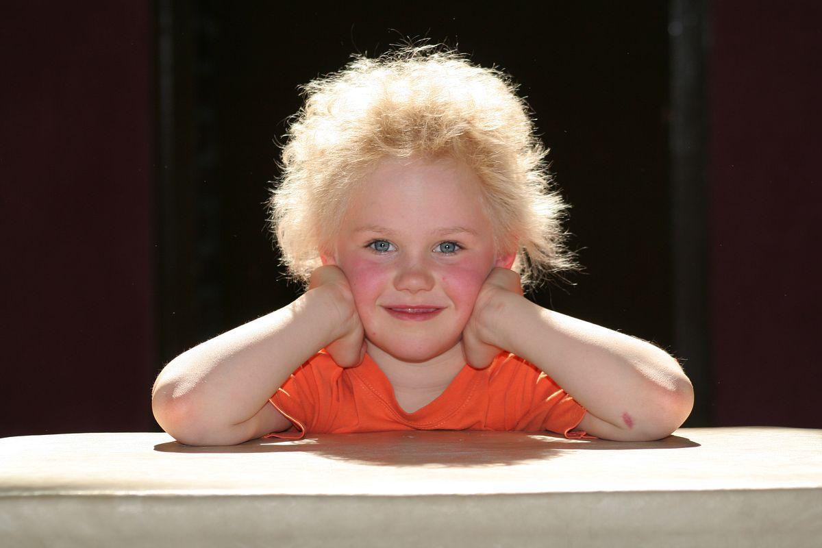 Ständig völlig zerzauste Haare? Vielleicht sind die Gene Schuld. (c) privat
