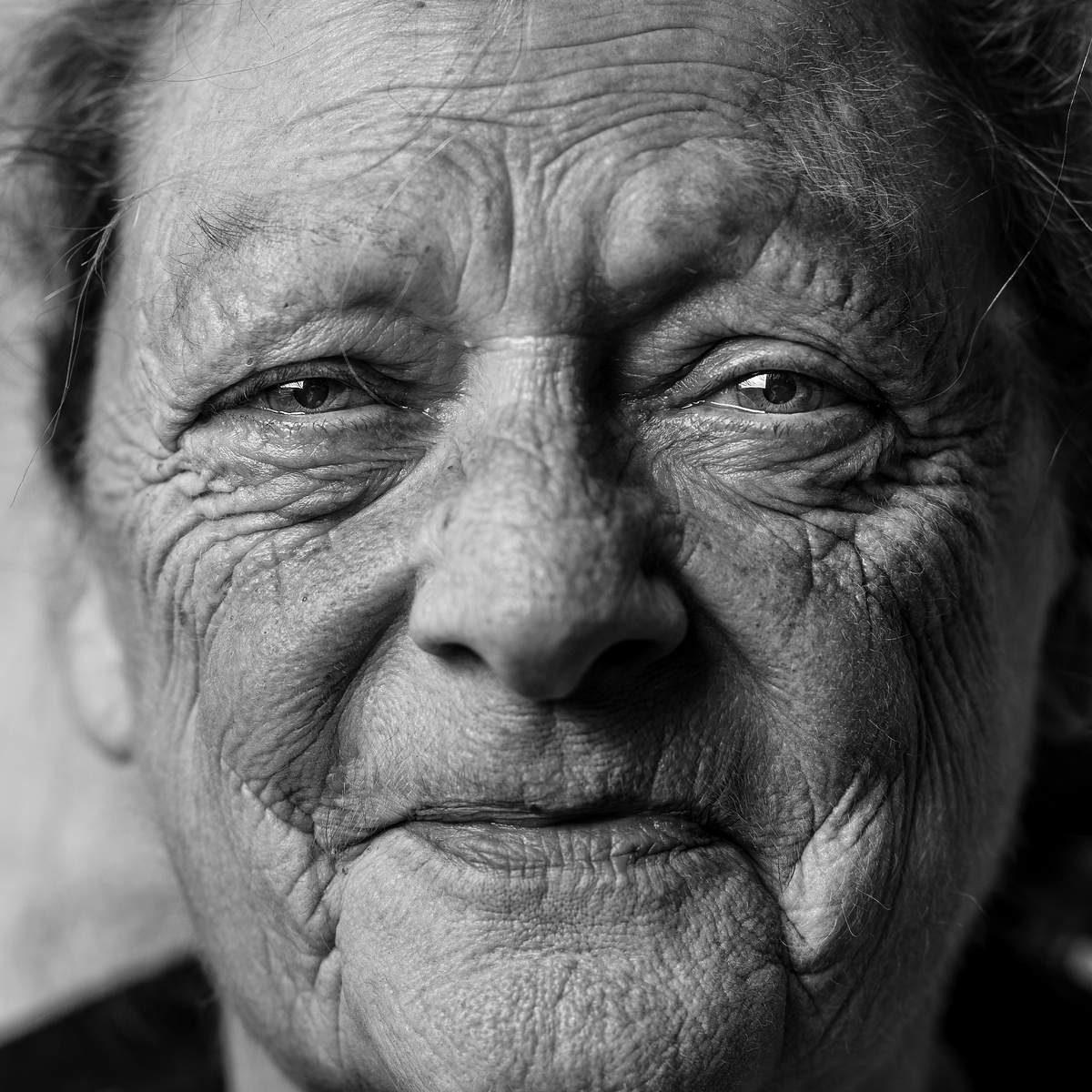 Gesicht mit Geschichte. Foto: Angels Vicente / Unsplash